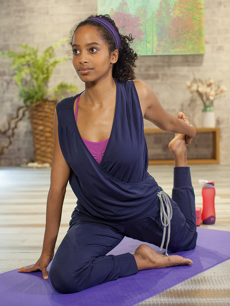 Kamah yoga and style | Yoga_BundlePic